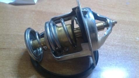 Двухклапанный термостат